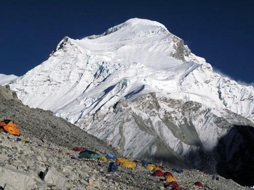 Čo Oju (8201 m) - Turkizna boginja
