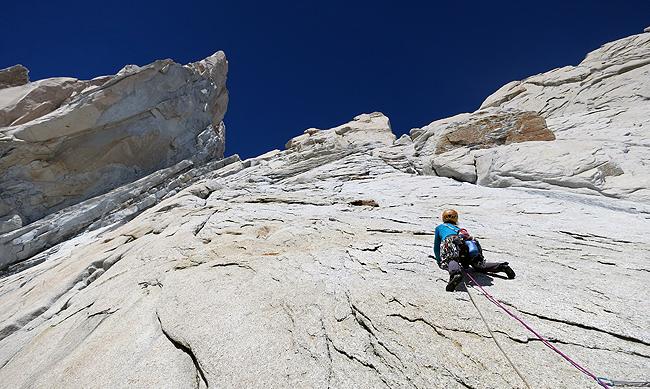 Plezanje v srednjem delu smeri Afanassieff