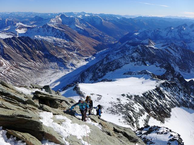 Vzpon na Veliki Klek (3798 m) je pomenil, da sem nazaj v sedlu.  Občutek narkomana, ki po dolgem času dobi svojo dozo....